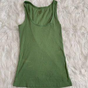 🌈5/$25🌈so wear it Declare green tank top size L